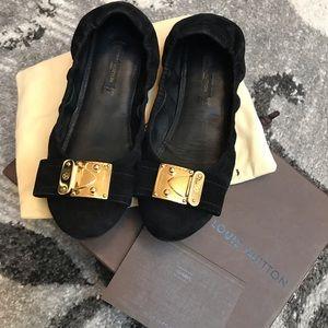 🖤SOLD🖤. Louis Vuitton shoes size 36